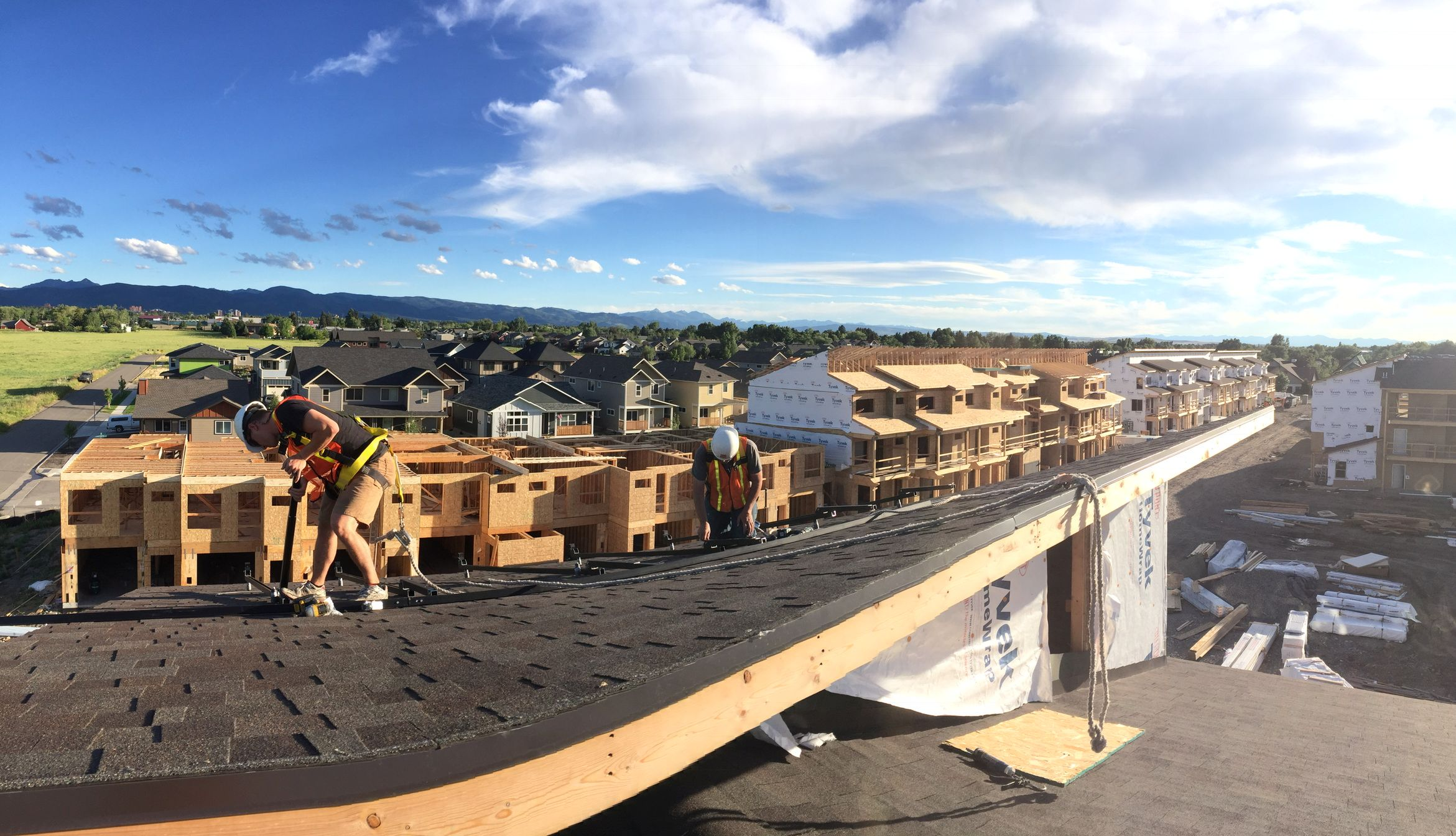 Solar Hot Water and Solar Electricity Cut Costs for Bozeman Affordable Housing Project